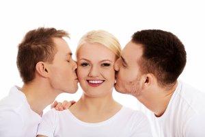 Édeshármas: férfi vagy nő legyen a harmadik?